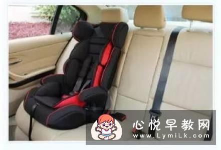 儿童安全座椅怎么使用 孩子可以穿羽绒服做吗